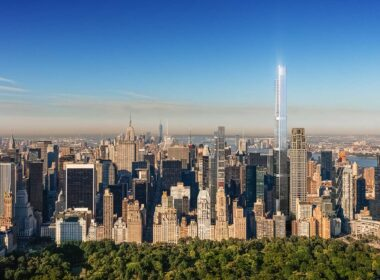 The skyline of New York from the Central Park Tower.